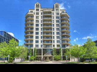 Five Star Gem in the Heart of Downtown London  Change listing