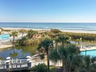 Sea Watch Resort 2BR w/ Ocean-View Balcony -- On-site Dining, Steps to Beach