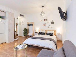 Calma Chicha   Apartment & Parking •Málaga Centro•