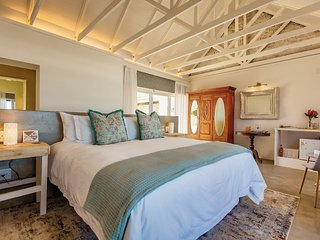 Garden Route at Seeplaas Ocean View Room 1