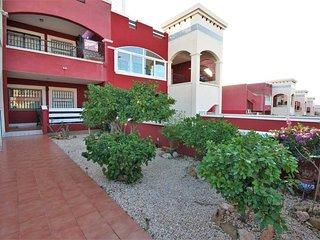 Begane grond appartement met zonnige tuinen / VDE-022