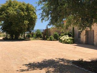 Mas de prestige, luxe et calme en Provence