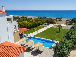 4 bedroom Villa with Pool, Air Con and WiFi - 5769468