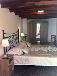 Second bedroom with sea views. King size bed 160cm x 200cm, double wardrobe and tv.