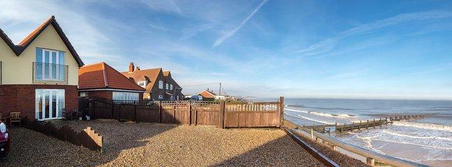 Beach House Ostend Beach walcott
