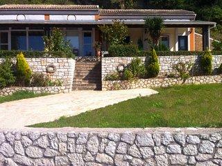 Dreamy apartment near a Corfiot village and a lovely beach
