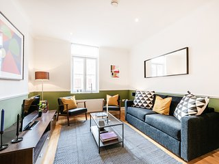 West End Shaftesbury Avenue Two-bedroom Apt