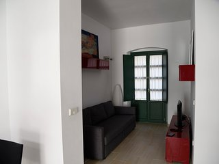 Triana first floor at 2mn walk from plaza de Cuba