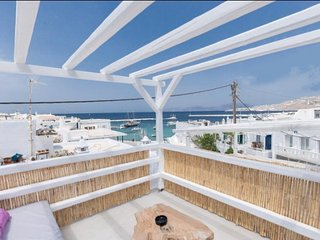 Recently built,our modern designed house is located in the heart of Mykonos Town