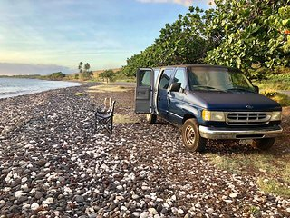 Vanlife Maui Campervan Royal blue - Adventure starts where plans end - Aloha