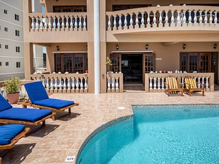 Step out your door to the pool deck and beach! Ground floor, oceanfront, 3 pools