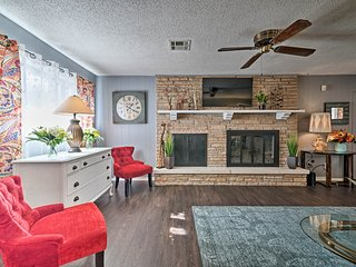 NEW! Norman Home w/Yard - Walk to Park & OU Campus