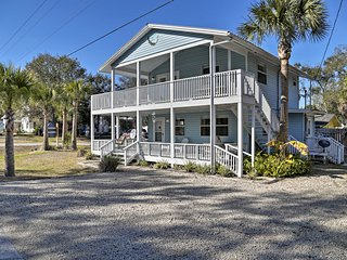 NEW! 'Skipper's Inn' - 1 BLK to Steinhatchee River