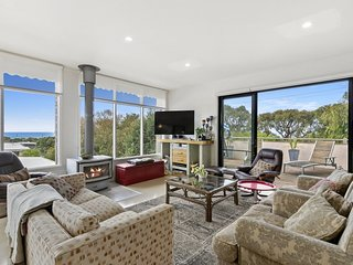 15 SIXTH AVENUE - Anglesea, VIC