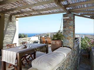 3 Bedroom Villa, Sleeps 8, Sea View