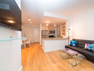21E-FINANCIAL DISTRICT 3BR APT-DOORMAN!!