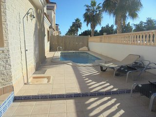 Villa with Private Swimming Pool in El Raso, Guardamar del Segura