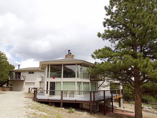 Cliffside House - 3 bedroom near Mt Princeton Hot Springs