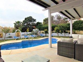 Beautiful 5 Bedroom Villa with Private Pool Next to Benalmadena Marina and Beach