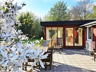 Rimmen Holiday Home Sleeps 4 with WiFi - 5424990