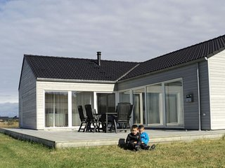 Tranum Holiday Home Sleeps 10 with WiFi - 5042921