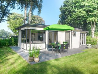 Wageningen-Hoog Holiday Home Sleeps 4 with Pool and WiFi - 5746183
