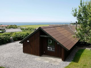 Vesterby Holiday Home Sleeps 6 with WiFi - 5042379