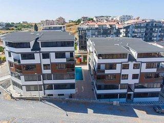 Brand new 1 bedroom apartment on marina road
