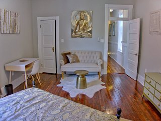 Radiant Renovated 2 Bed Savannah Home