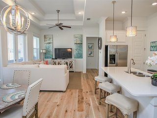 Prominence on 30A ✳ Beauty & The Beach ✳ Beach Townhome