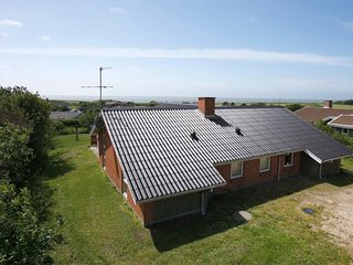 Vesterby Holiday Home Sleeps 10 with Pool and WiFi - 5037842