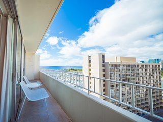 The Modern Honolulu - 1BD 2 Bath Ocean View Suite