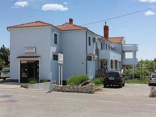Two bedroom apartment Punat (Krk) (A-10421-b)