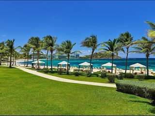 Beautiful Modern Beachfront Condo