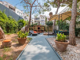 Pure Olive Garden Apartment Sitges centre beach