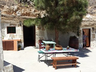 Cave house in Arico, a special and unique experience