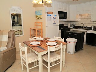 NEW UPDATES Gulf Shores Plantation 2111-On-site Restaurant, Free Wifi, Family Va
