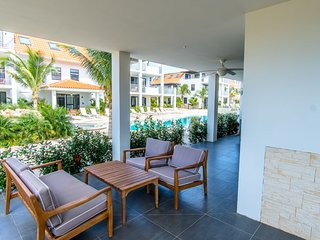 Bonaire Apt w Pool & Sea Views