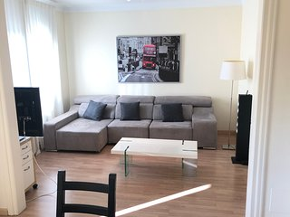 New! 110m2 apartment for 5 people in Pedralbes