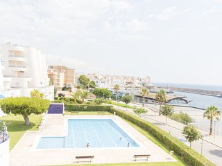 TOP-QUALITY APARTMENT WITH VIEWS TO THE SEA, WIFI AND AIR_ESTANY PART SUR