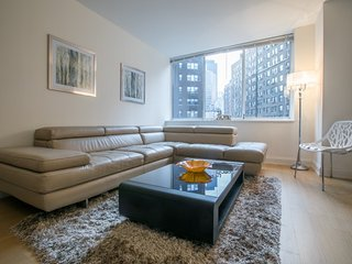 708-SUTTON PLACE-2BR-2BA APT-GYM-DOORMAN