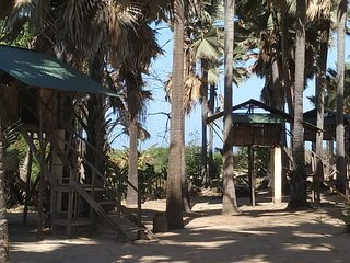 Treehouse 4with Atlanticview&Sound, at Paradisebeach South Gambia