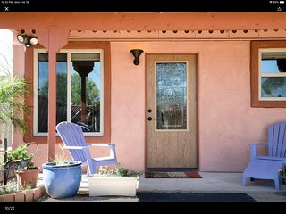Central Midtown Casita with EVERYTHING You Need for a Long or Short Stay !!