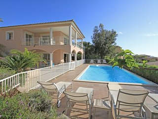 Villa ALTU MARE Porticcio, Piscine privee, a 500m de la plage, 8BR