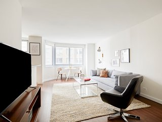 Simple 1BR in Midtown East by Sonder
