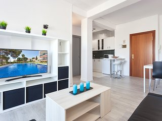Apartment seen sea in 2 mn with foot of puerto Marina