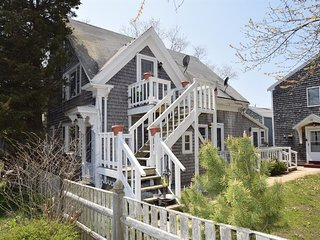 #118: Cozy Oasis in the heart of Provincetown! Walk or Bike to water & downtown!