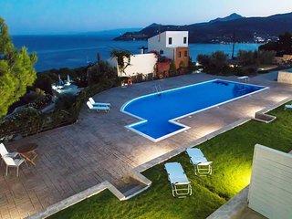 Aegina Alexandra Villa II with shared pool, near the sea & Agia Marina village