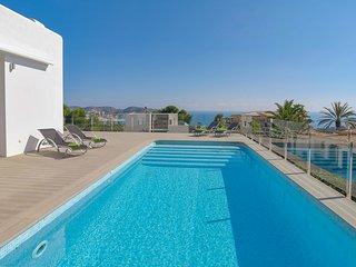 Unique Homes Spain - Villa Moderna