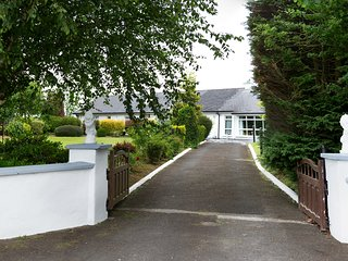 Double room in beautiful country house near Rock of Cashel